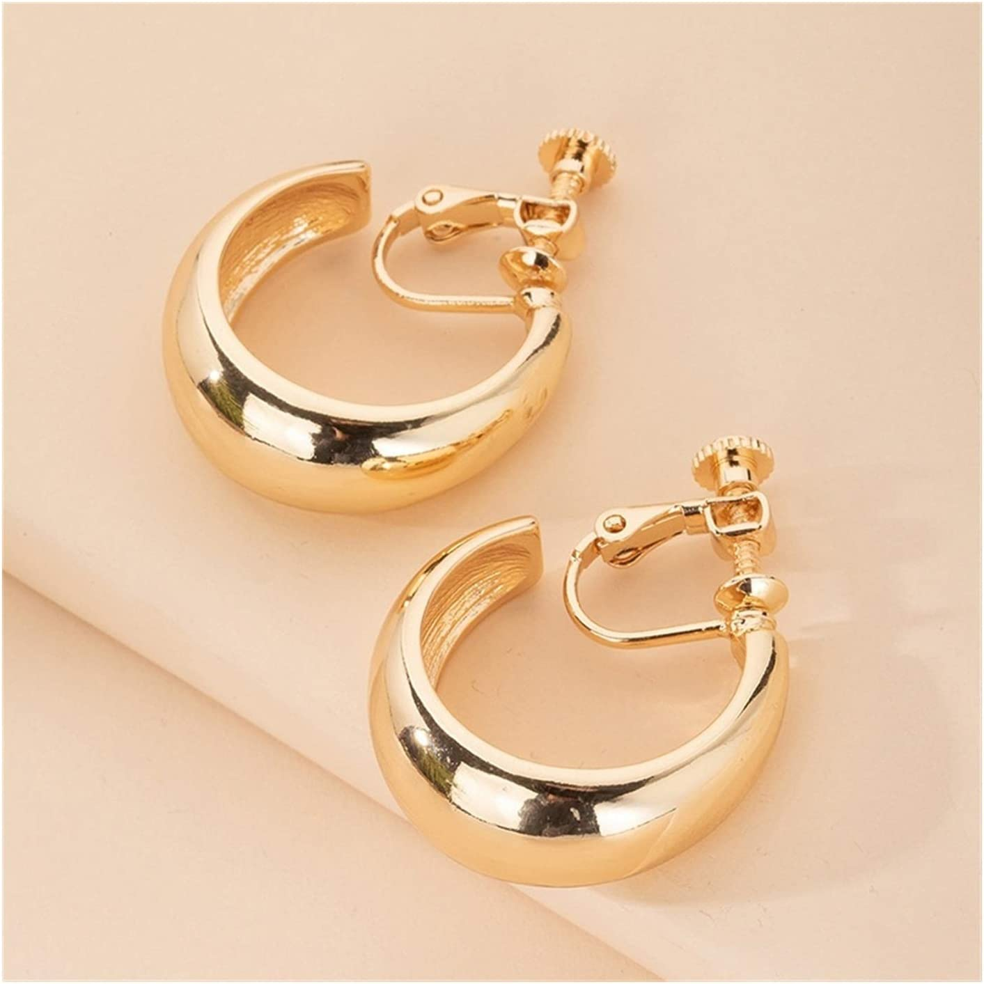 SHOYY Gold Color Alloy Clip On Earrings for Women Girls No Pierced Earrings Accessories Gift