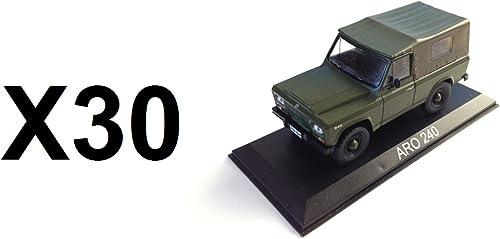 Unbekannt Set von 30 Autos ARO 240 1 43 IXO IST   Auto ref  BA78
