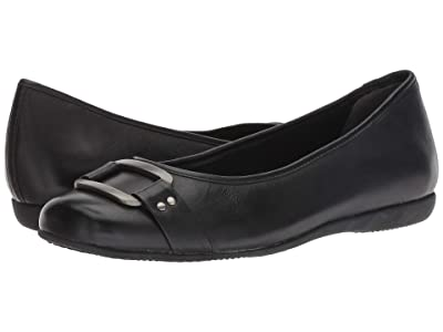 Trotters Sizzle Signature (Black Soft Burnished Leather) Women