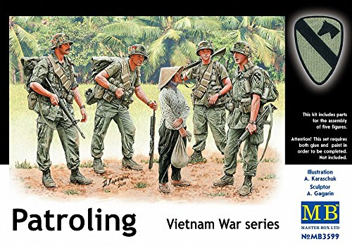 Master Box US Soldiers Patrolling Vietnam (4 and Woman) Figure Model Building Kits (1:35 Scale)