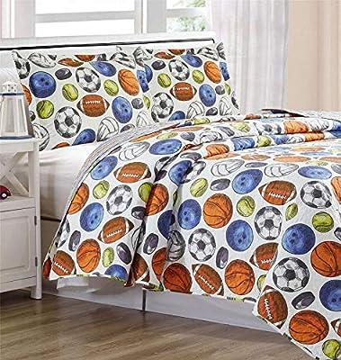 Home & Main 3 Piece Set (Quilt with 2 Pillow Shams) - Reversible Children's Bedspread - Premium Kids Bedding, Ultra Soft Microfiber Bed Set