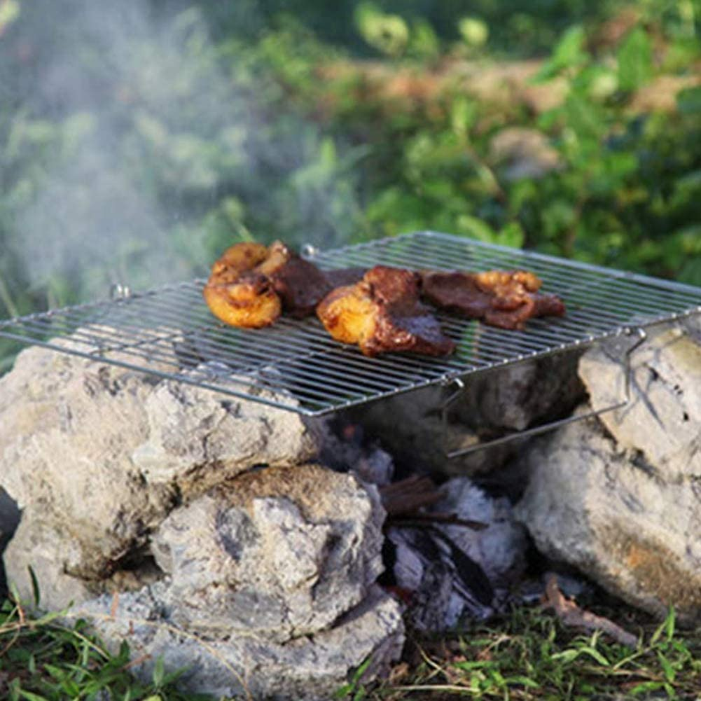 Ceakep Le Gril est composé d'un Panier de Gril en Acier Inoxydable 430, d'une Grille à Poisson, d'une Grande spatule pour Gril à Hamburger au Poulet, de Grandes Nouilles,A E