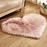 Trayosin - Tappeto a forma di cuore, in finta pelliccia d'agnello, pelo lungo, soffice, effetto pelliccia d'agnello, per salotto, Pelle di agnello, Colore: rosa., 40 x 50 cm