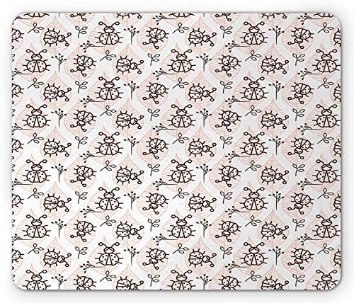 Alfombrilla de ratón Ladybug, Insecto Infantil Dibujado sobre Fondo Liso de Hojas Pastel a Rayas, Alfombrilla Rectangular de Goma Antideslizante, Tamaño estándar, Gris carbón melocotón y Blanco