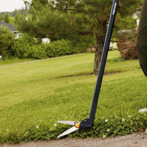 Fiskars 36 Inch (92107935J) Long-Handle Swivel Rotating Grass Shears, Black/Orange