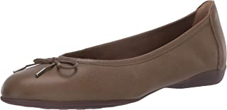 Driver Club USA Women's Leather Flat with Tiebow Detail Ballet