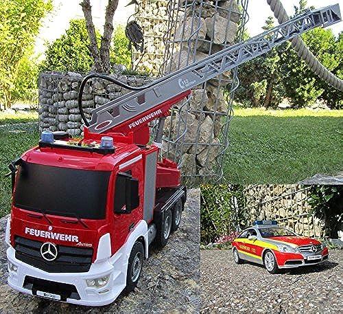 RC Feuerwehr Mercedes 2 er Set + Antos 2,4 GHz 1 20 & Sprirtzfunktion 404960 7