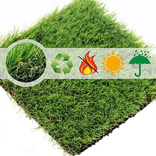 Synthetischer Kunstrasen Teppich für den Innen und Außenbereich, Florhöhe 35 mm, ideal als Teppich für Hunde, Garten und Fußmatte, gummierte Unterseite mit Drainagelöchern (0.7m(W)*1m(L))