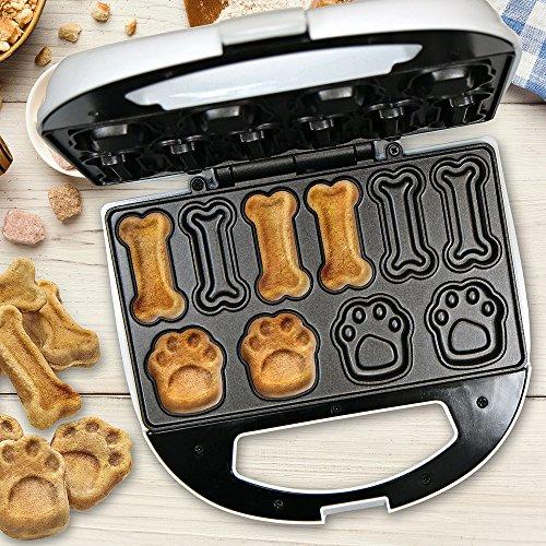 Clatronic DCM 3683 - Máquina para hacer galletas para perros y mascotas con forma de huella y hueso, Dog Cookie Maker, incluye recetas Propuestas, 700W