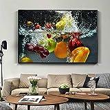 N / A Dekorieren Sie frisches Obst und Gemüse im Wasser,