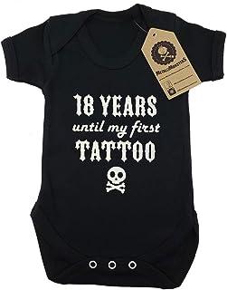 18 Jahre bis zu meinem ersten Tattoo Baby Strampler schwarz - 0-3 Monate - Metallimonsters
