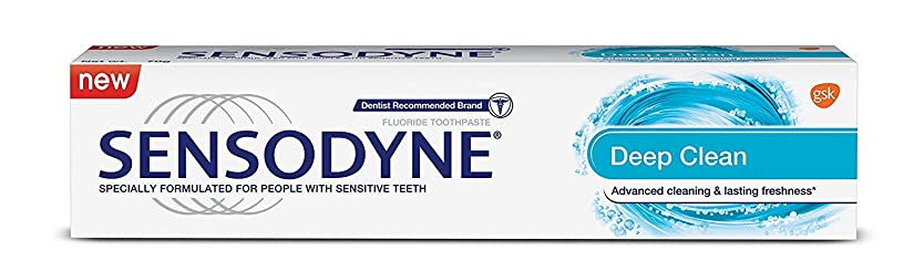 ロゴ冒険者滑りやすいSensodyne Sensitive Toothpaste - Deep Clean, 70g