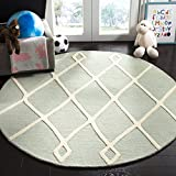 Safavieh Kids Collection SFK906M Handmade Mint Moroccan Wool Round Area Rug (5' in Diameter)