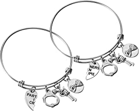 Matching 2pcs Best Friends Bangle Bracelets Partners in Crime Heart Handcuffs Charm Friendship Jewelry Gifts for Women Teen