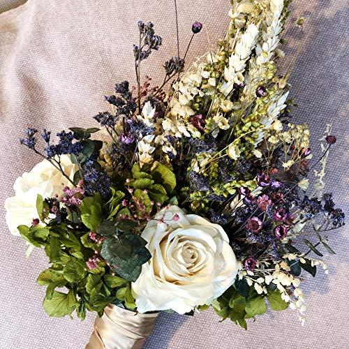 Ramo de novia de flor natural preservada con rosass y hortensias. Ramo de boda con tocado de solapa para el novio incluido
