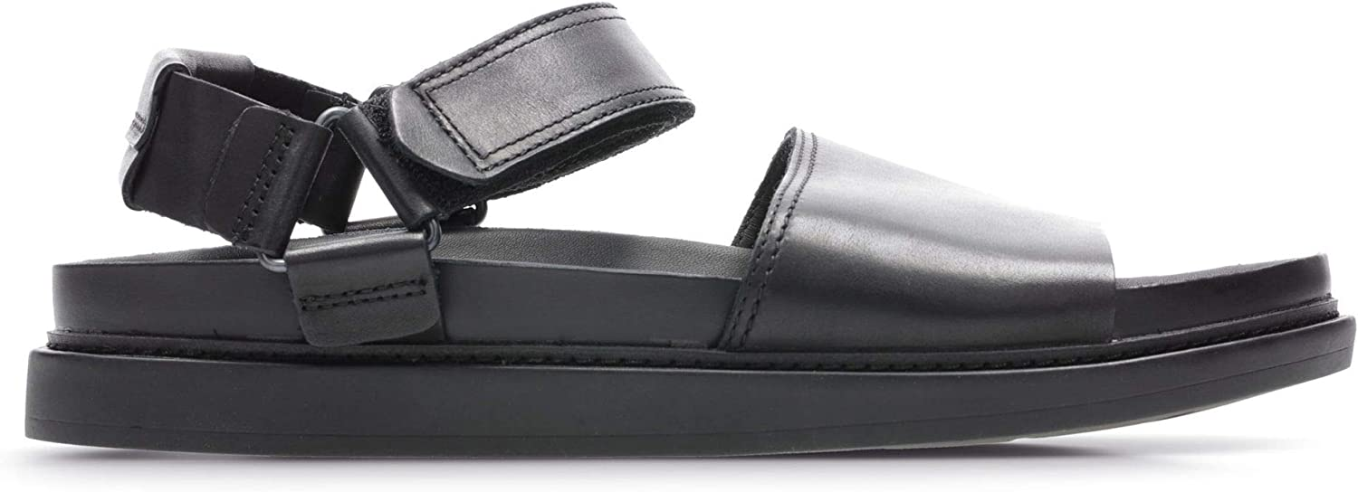 Clarks Trace Bay Leather Sandals in Black