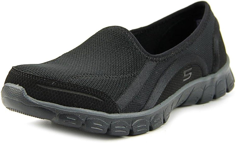 Skechers Womens Aroundtown Low Top Slip On Running Sneaker