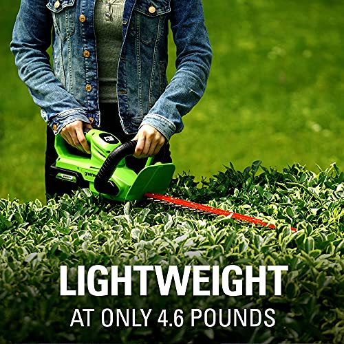 Greenworks 24V 22 in. Hedge Trimmer (Rotating Handle), 1.5Ah USB (Power Bank) Battery and Charger Included HT24B1515