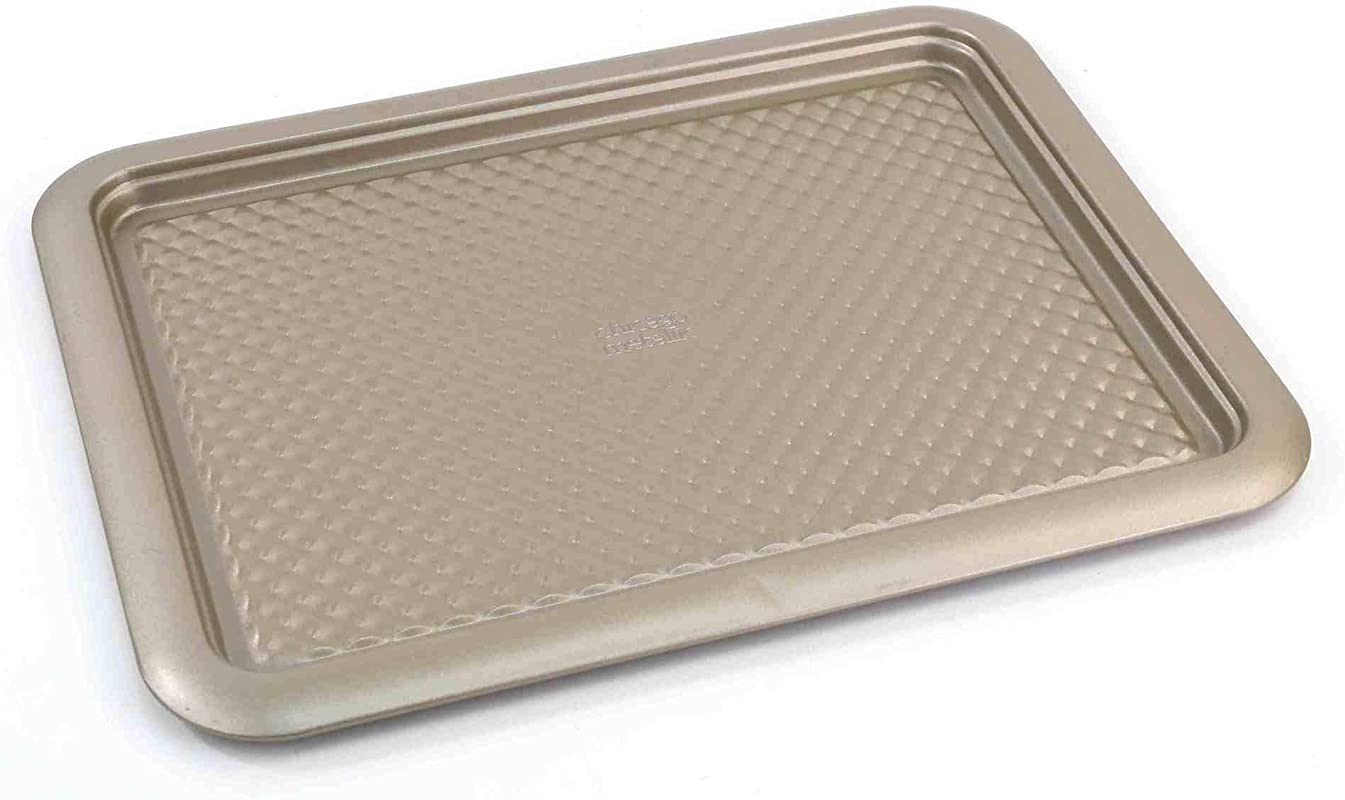 Chicago Metallic 5228797 Arch Textured Non Stick Large Cookie Baking Sheet 11 5 X 17 Champagne