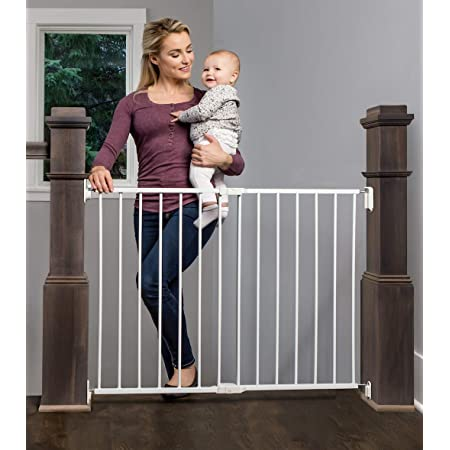 Amazon Com Regalo 2 In 1 Extra Wide Stairway And Hallway Walk Through Baby Safety Gate With Mounting Kit Baby