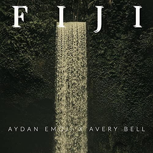 Aydan Emoji & Avery Bell