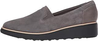 حذاء شارون دولي بدون كعب للنساء من كلاركس