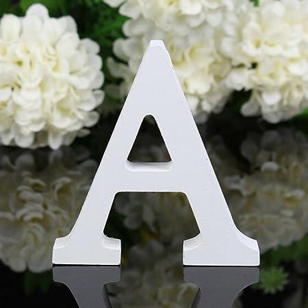 Freeas Décoratif Bois Lettres, 26 Alphabet Blanc Lettres en Bois pour Déco Nom des Enfants Fête d'anniversaire de Mariage Décoration de Maison et de Chambre à Coucher (A)