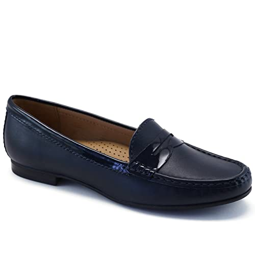 5f774cab520 Driver Club USA Women s Genuine Leather Made in Brazil Greenwich Fashion Penny  Loafer