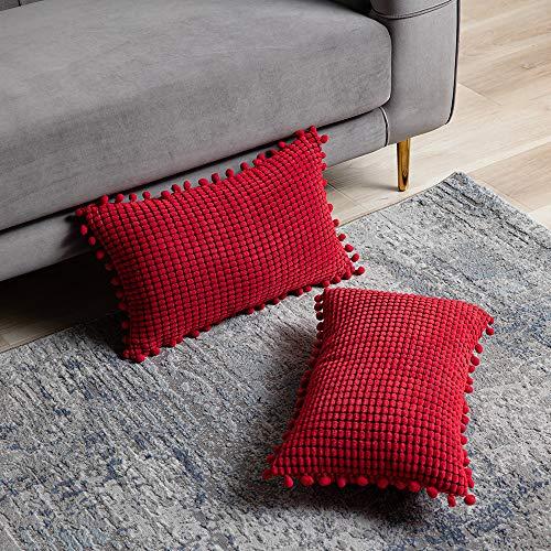 DEZENE Rojo Fundas de Almohada Decorativas con Pompones - 30x50cm Paquete de 2 Fundas Rectangular de Cojín de Granos de Maíz Grande a Rayas de Pana para Sofá de Granja