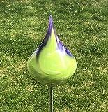 Glas-Objekt Kreisel auf Stab Flieder Glas H 139 cm Gartenstecker Handarbeit Gartenstele Gartenkugel