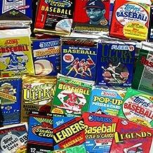 300 مجموعه کارت بیس بال باز نشده در بسته های بسته شده کارخانه کارتهای بیس بال Vintage MLB از اواخر دهه 80 و اوایل دهه 90. به دنبال فامیل هایی مانند کال ریپکن ، نولان رایان و تونی گووین باشید.