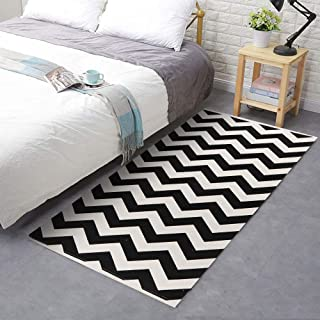 Seavish Cotton Printed Rug, 2'W x 4.4'L Black Chevron Kilim Decorative Small Area Rug Hand Woven Rug for Entryway Thin Runner Throw Rugs with Non Slip Pad for Laundry Room Living Room Dorm