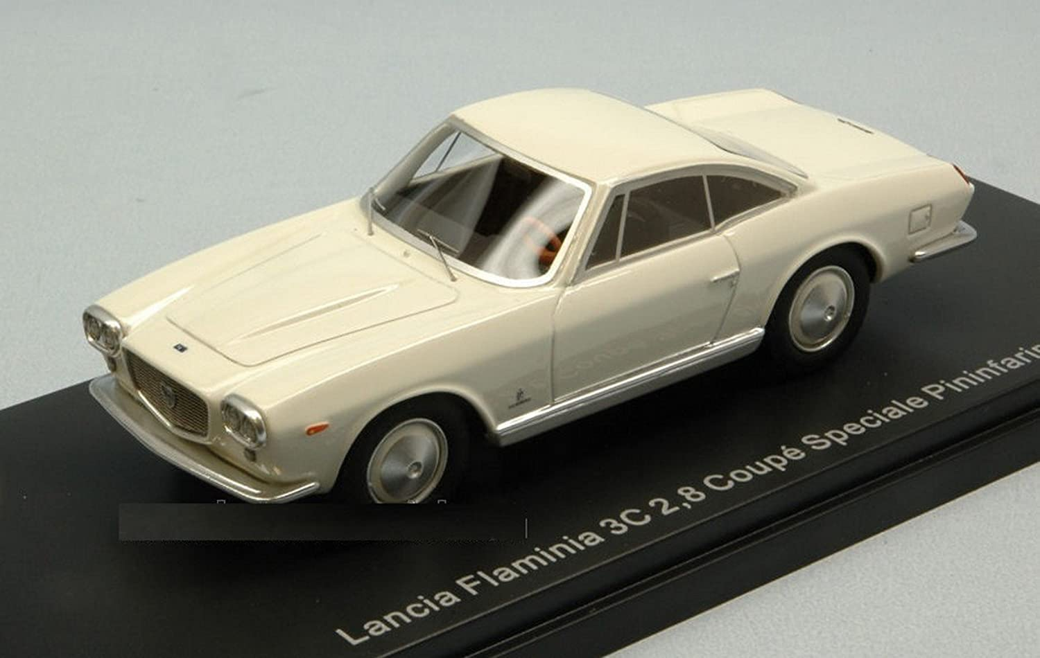 NEO SCALE MODELS NEO46995 LANCIA FLAMINIA 3C COUPE' SPECIALE 1963 1 43 DIE CAST