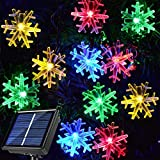 30 Ft 50 LED Solar Christmas Snowflake String Lights Hanging Decor, 8 Modes Waterproof Snowflake Christmas Lights for Outdoor/Indoor Xmas Holiday Winter Wonderland Party Decorations (Multicolored)