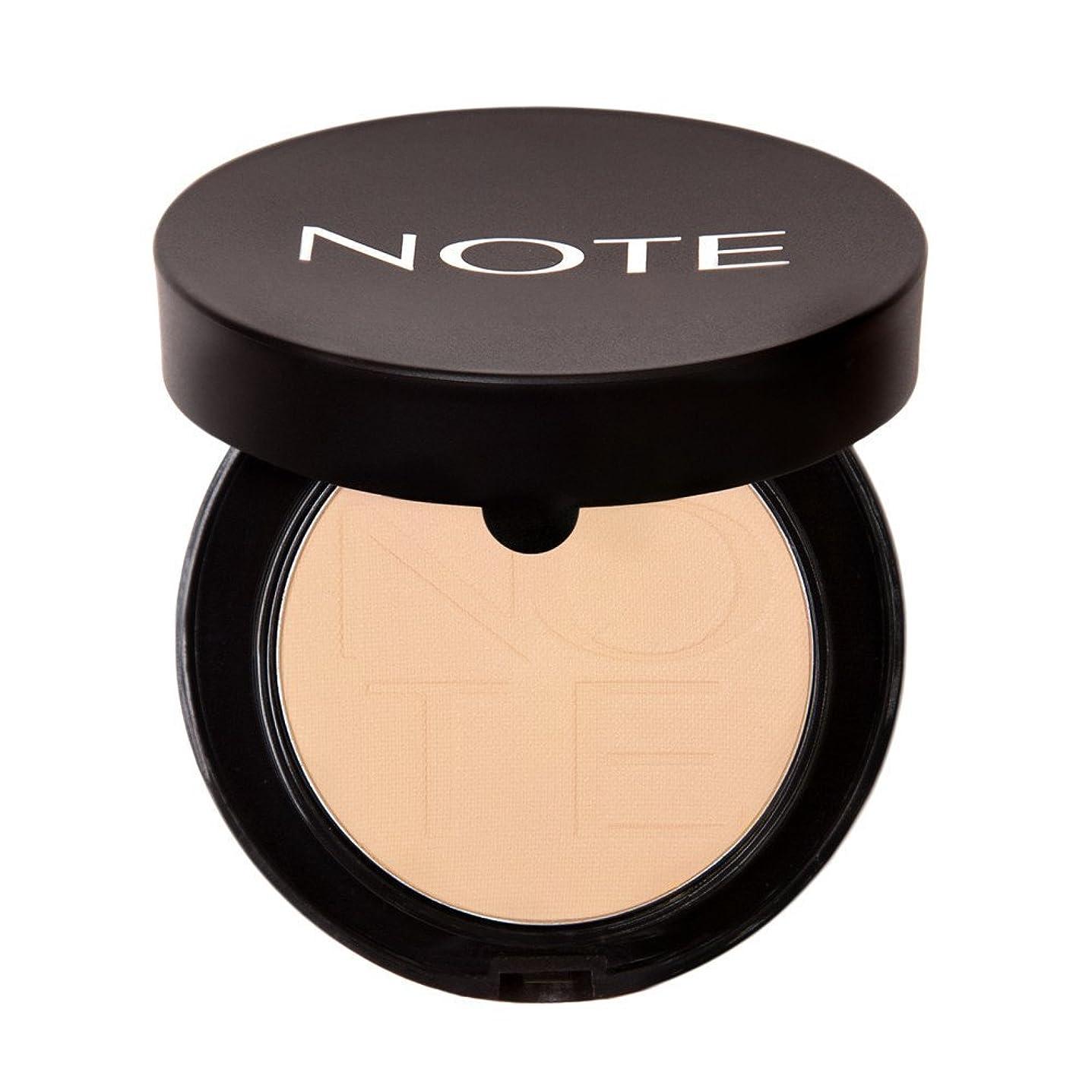 同時日付名声NOTE Cosmetics ルミナスシルクモノアイシャドウ、 第02