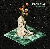 Songtexte von Flyleaf - Between the Stars