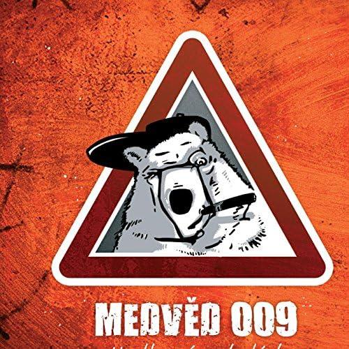 Medved 009