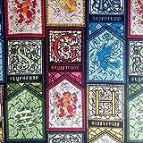 Harry Potter Baumwollstoff mit Buntglas-Haus-Emblemen auf