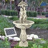Fontana decorativa da giardino con giochi...