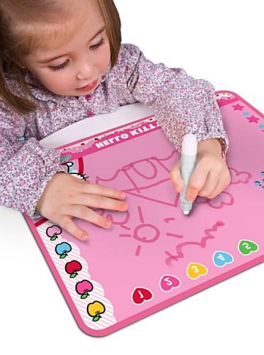 Giro Maletín Aquapinta Hello Kitty, Pizarra mágica, pinta con agua sin manchar