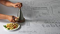Amazon.com: Tabla de quesos con juego de cubertería – Tabla ...