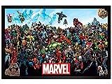 Maxi Poster 61 x 91,5 cm cadre en bois noir Marvel Universe de Marvel Comics