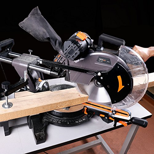 Cutting a 45-Degree Angle with a Miter Saw