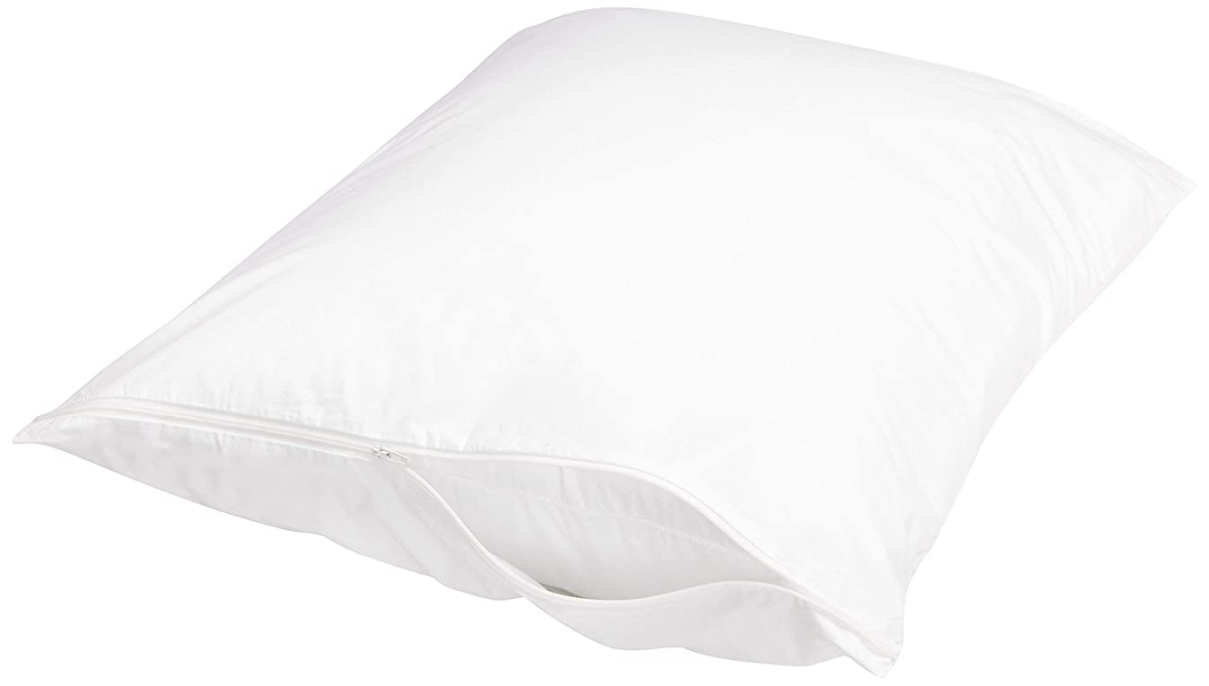 AmazonBasics Pillow-Protecting Cover - Hypoallergenic, Dust Mite Resistant - Fits Standard Pillows