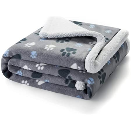 POPETPOP Puppy Blanket Pet Paw Print Design Washable Fluffy Blanket for Puppy Cat Kitten Indoor or Outdoor Soft and Premium Coral Fleece Pet Dog Blanket 100 * 160CM