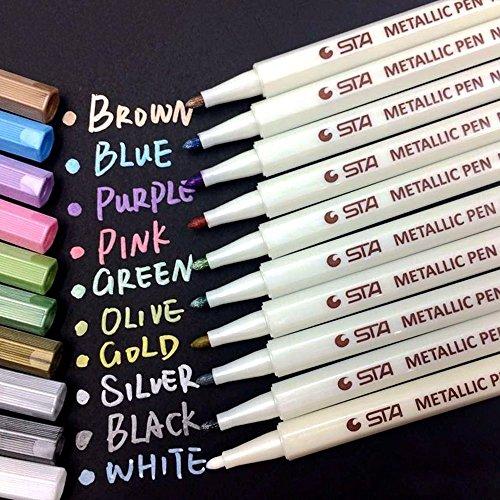 APOGO Metallic Marker Pens, 10 Farben Metallic Stifte, 1mm Feine Maker Stift für Fotoalbum Schwarze Seiten, Gästebuch Hochzeit, Karten, Bullet Journal, Fotoalben, Kürbis, Deko Glas, Explosionsbox usw