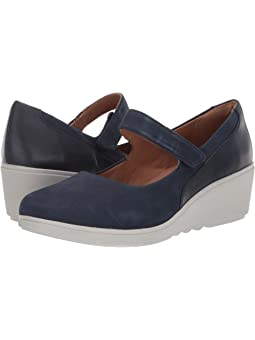 Women's Mary Jane Clarks Shoes + FREE