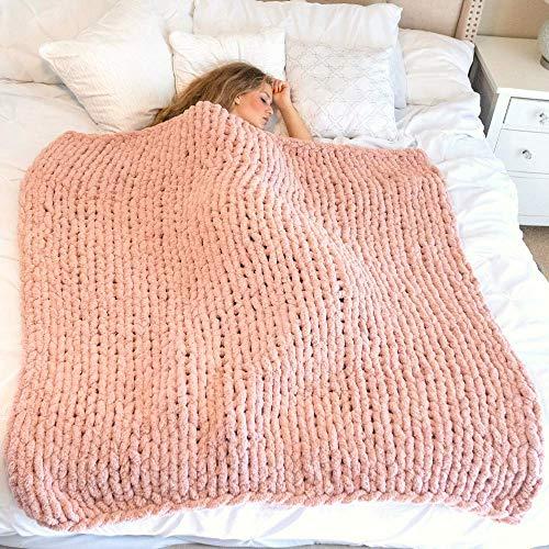 manta grande sofa de la marca Hearth & Crate