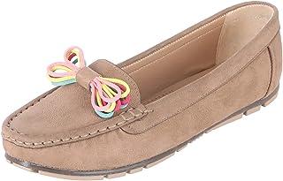 أحذية مسطحة من Grinta Faux Nubuck Moc-Toe بشريط متباين التفاصيل للسيدات