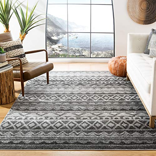Safavieh Adirondack Collection ADR119N Modern Bohemian Area Rug, 6' x 9', Ivory/Charcoal